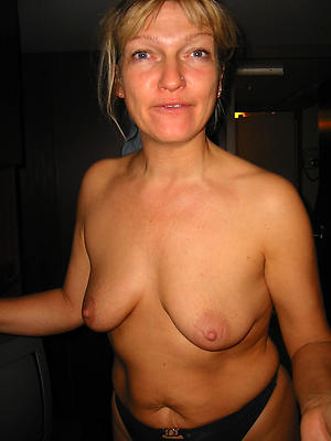 Nude mature single women pictures