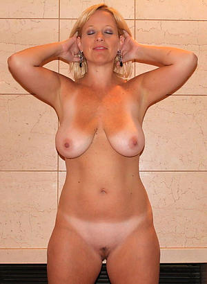 Mature hotties nude sex xxx