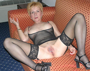 Sexy mature doll in heels slut pics