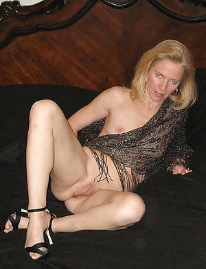 Amazing mature ladies in high heels naked photos