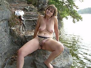 Xxx mature saggy breast basic pics