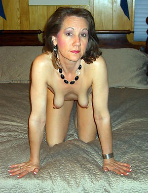 Mature saggy breast porn pics