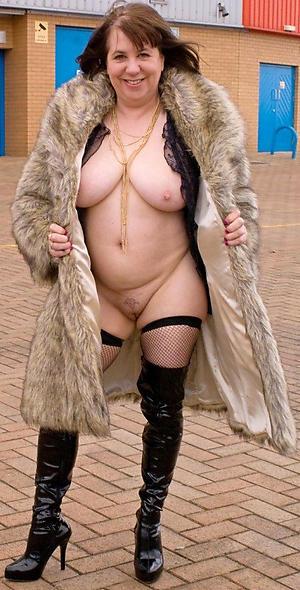 Hottest mature sluts photos
