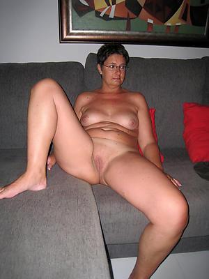 Amateur mature women in glasses porno xxx