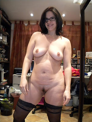Sexy adult women in glasses fotos