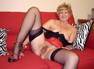 Amazing mature cougar women porn pictures