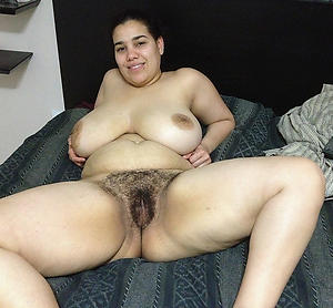 Beamy mature whore pussy pics