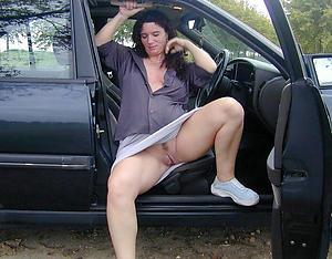 Xxx mature women upskirt pics