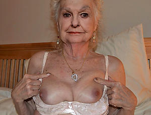 Starkers sexy grandmothers picture