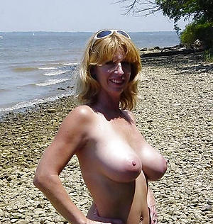 Xxx mature at the beach porn pics