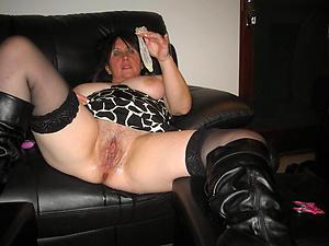 Real hot mature pussy porn pics