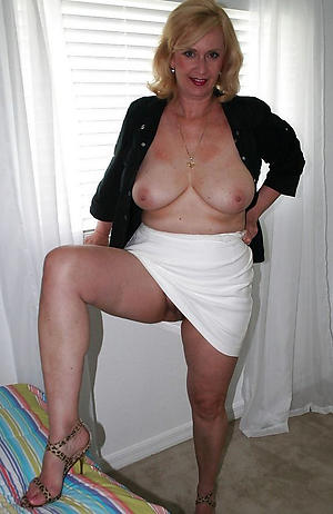 Xxx beautiful nude mature women pictures
