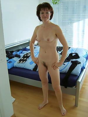 Horny single mature women free porno