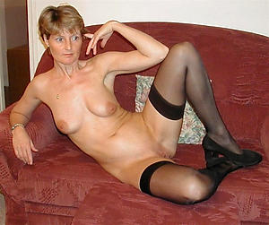 Free sexy mature moms slut pics