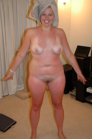 Best pics of chubby wife porn