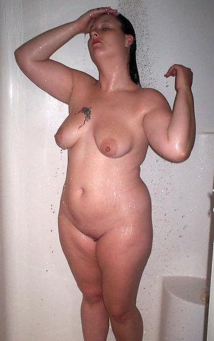 Horny chubby mature women porn pics