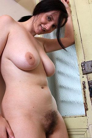 Best pics of hot mature brunettes