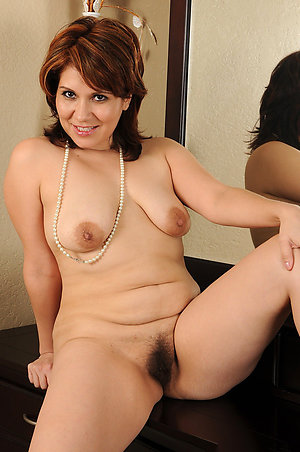 Classy mature brunette gallery