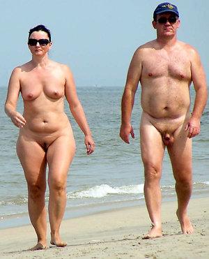 Xxx mature naked couples pics