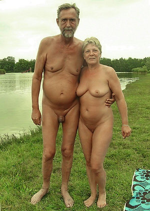 Real amateur older nude couples