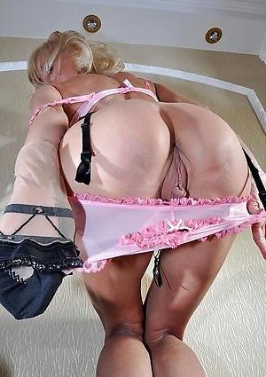 Mature Ass Pics