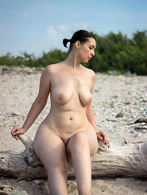 Xxx mature nude beach photos