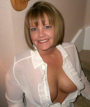 Hottest mature amateur wife pics