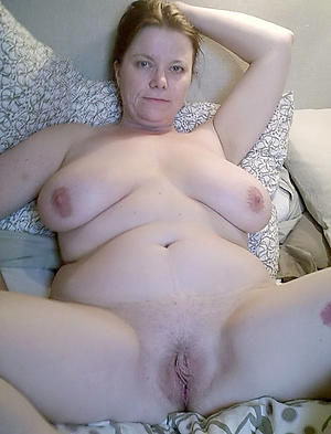 Soaked pussy mature pussy moms