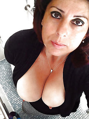 Horny mature selfshots porn pics