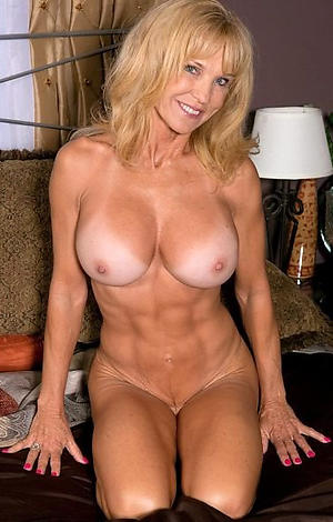 Nude mature muscle porn