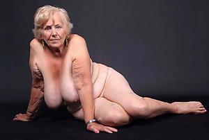 Amateur pics of older mature woman