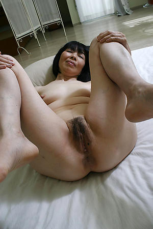 Hot porn of matured asian milf