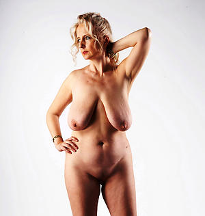 Naked saggy matured breasts pics
