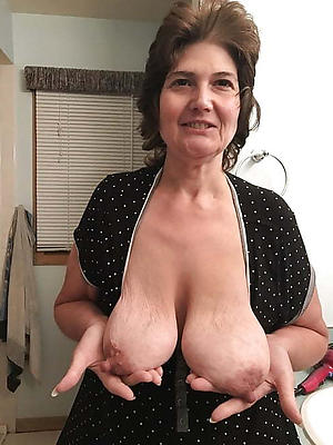 Naughty mature women with saggy tits pics