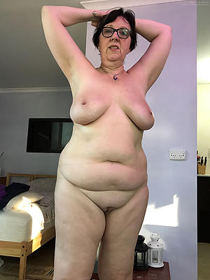 Amateur pics of of age granny column