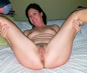 Naughty mature women nude pics