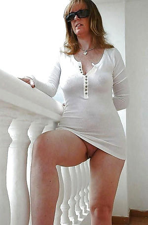 Mature moms in the altogether pussy pics