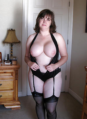 Naughty busty mature amateur photos