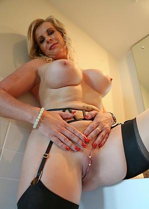 Sexual relations pics of hot mature ladies