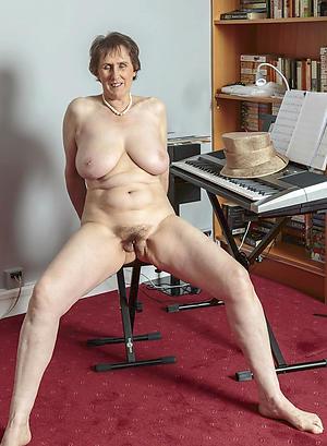 Gorgeous naked grandmothers porn pics