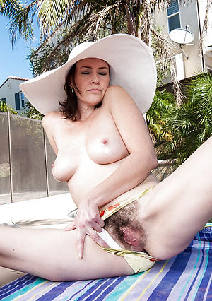 Comely classic adult pussy pics