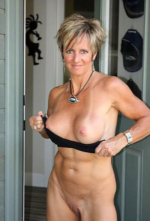 Hot porn of sexy mature muscle