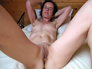Really hot skinny mature amateur pics