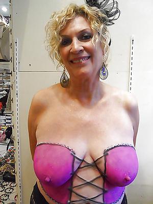 Nude erotic grown-up photos
