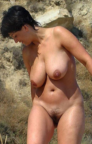 Pretty hairy natural mature naked photos