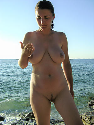 Cross nude full-grown outdoors gallery