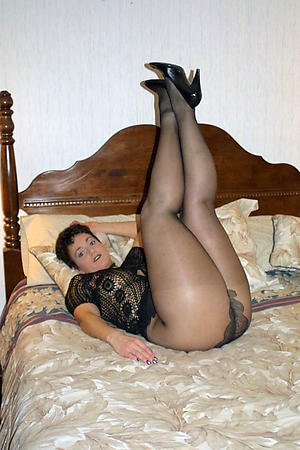 Beautiful mature woman helter-skelter pantyhose