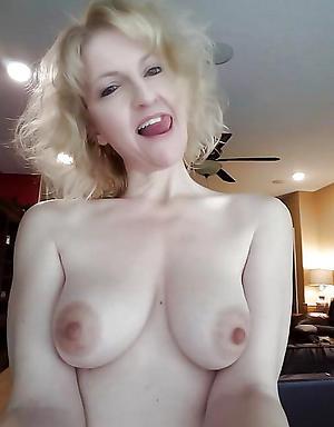 Nasty mature women nude selfshots