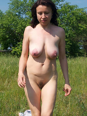 Gorgeous mature amateur xxx