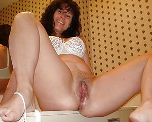 Amateur pics of sexy mature big colourless ass